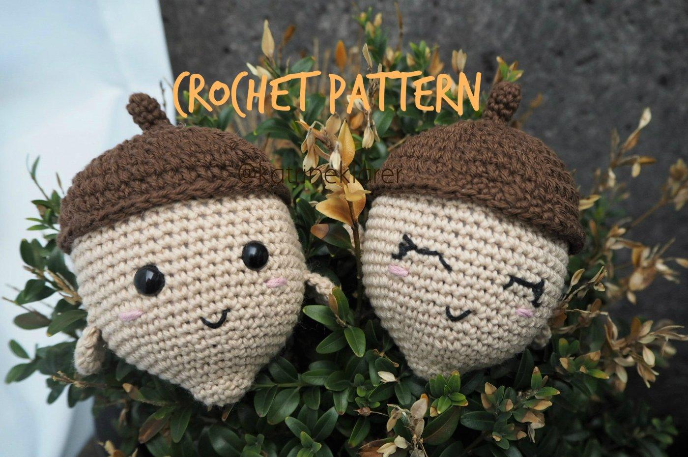Acorn buddy – crochet pattern – Katrine Klarer